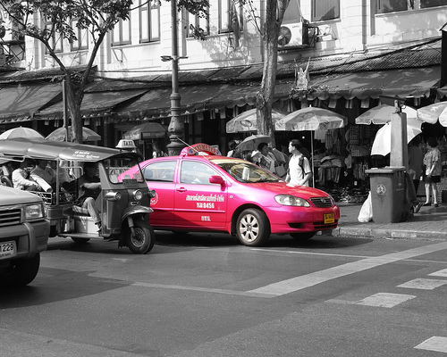 pinktaxi - Think Pink: Safer Travel Options for Women