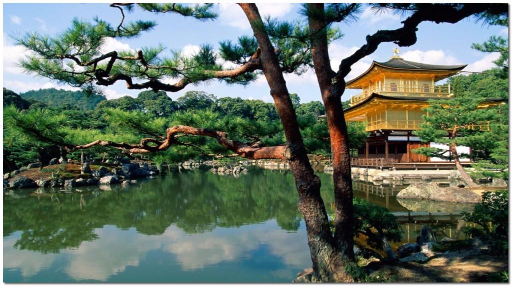 Kinkaku-ji_Temple,_Kyoto,_Japan
