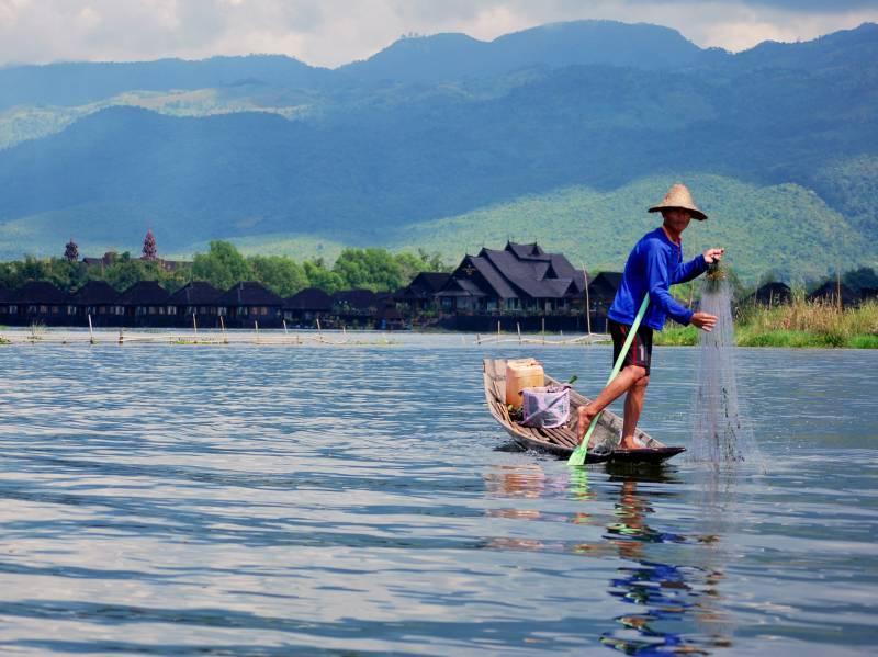 Burma--Inle-Lake--secondary-2-153581319729334_800_600