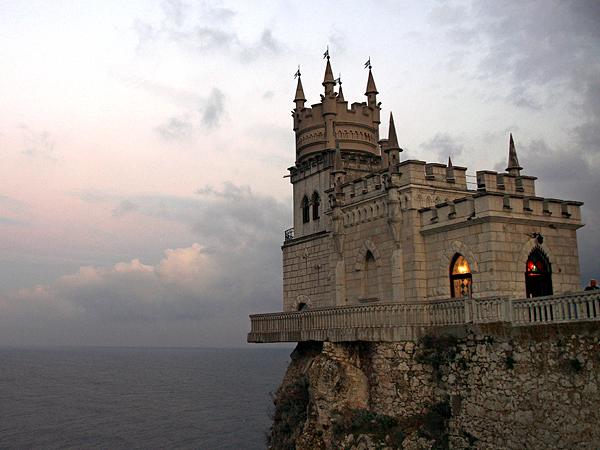 swallows nest castle livadia ukraine 61107 600x450 - 10 Top Destinations For 2013