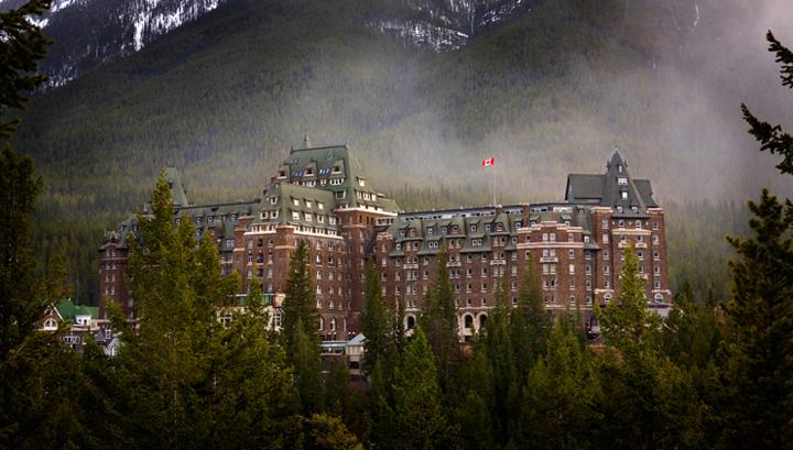 fairmont-banff-springs-haunted-hotel-alberta-canada-travel